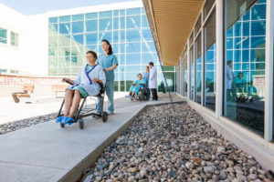 Hoitajakutsujarjestelmat sairaala ymparistossa